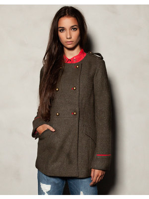 Pull and Bear military kabát
