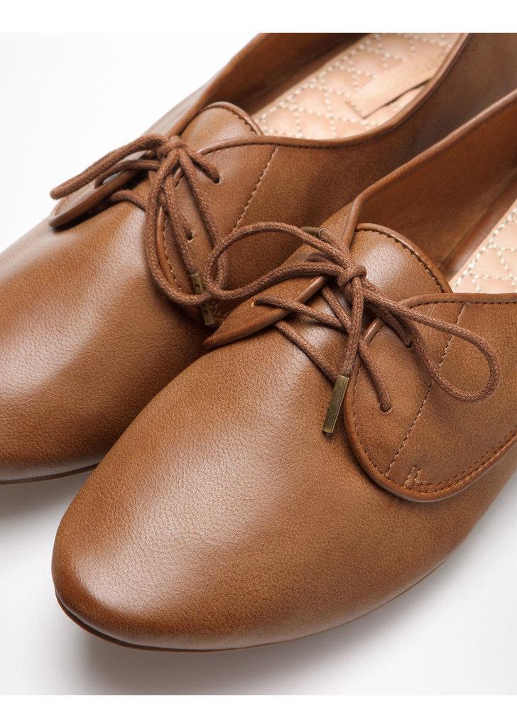Bershka lapos fűzős cipő · Bershka lapos fűzős cipő ... 23152012b7