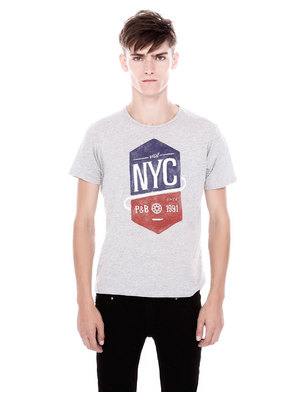 Pull and Bear NYC T-shirt