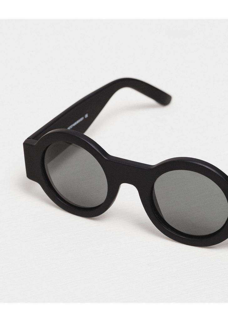 Zara fekete kerek napszemüveg · Zara fekete kerek napszemüveg cdbecdf3bd