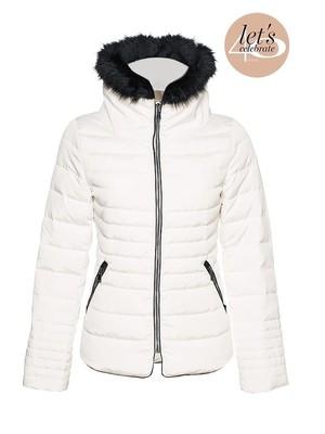 1707182e18 Orsay fehér női télikabát prémes gallérral, 70€ | 2015