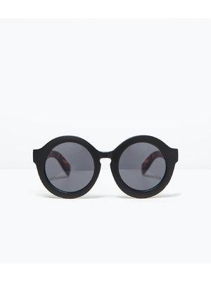 Zara köralakú napszemüveg teknőcmintás szárral 2a6ecac316