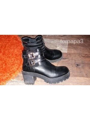Catwalk magastalpú fekete bakancs 39 magasszárú cipő deichmann    lejárt  988048 6df4a20d63