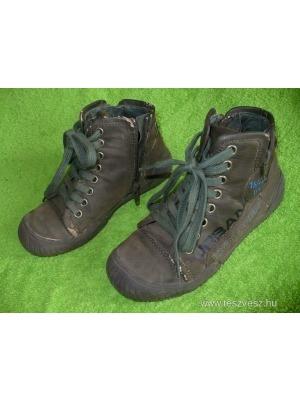 Trendi ZARA kisfiú cipő 30-as    lejárt 395762 fa34e13f63