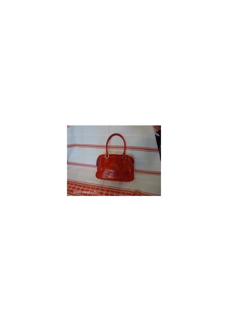 f48471d8ab Vera Pelle piros rostbőr táska - Vatera, 2 900 Ft   #169639 <<