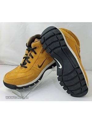 Nike magasszárú cipő   bakancs 30 as    lejárt 273675 c94c988e8c