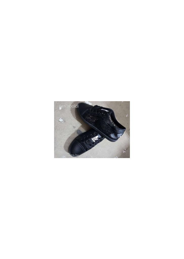 Adidas csipkés cipő fekete 39-s Új NMÁ - Vatera 486cd8c27d