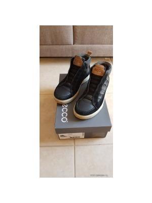 653aad0099 ECCO fiú magasszárú cipő 37 bth 24 cm - Vatera, 9 990 Ft   #296937