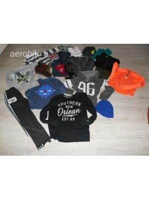 8-11 évesnek való fiú ruhacsomag. Alig használt ruhák! Nagyon jó minőségű  márkás 38ba29aa01