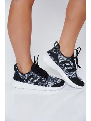 Fekete Adidas originals hétköznapi habtalpú sport cipő fűzővel köthető meg 29ed3a13a3