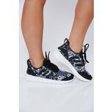 Fekete Adidas originals hétköznapi habtalpú sport cipő fűzővel köthető meg fdd20d29dc
