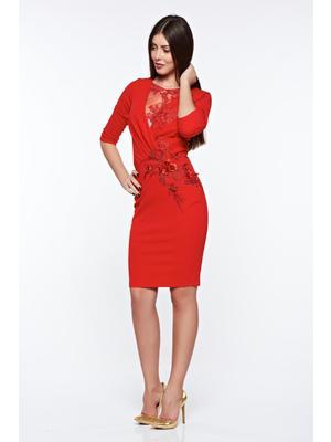 2d8251b3ee Piros Artista alkalmi ceruza ruha belső béléssel csipke díszítéssel  gyöngyös díszítés << lejárt 465812