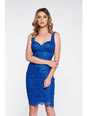 Kék alkalmi ruha csipkés anyagból belső béléssel flitteres díszítés  szivacsos mellrész 164c80edde