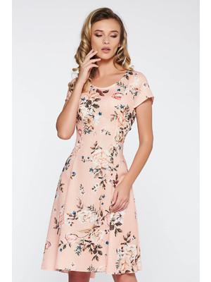 cab2280940b6 Barackvirágszínű hétköznapi midi harang ruha nem rugalmas anyag virágmintás  díszítéssel << lejárt 583069