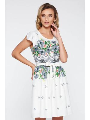 a03f5cd646 Fehér hétköznapi harang ruha nem rugalmas anyag belső béléssel övvel  ellátva << lejárt 260356