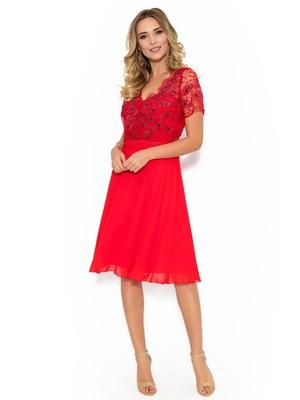 9766f6a51f Piros alkalmi harang ruha fátyol anyag tűll gyöngyös díszítés << lejárt  732641